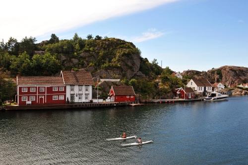 Kajakkpadling i Ny-Hellesund