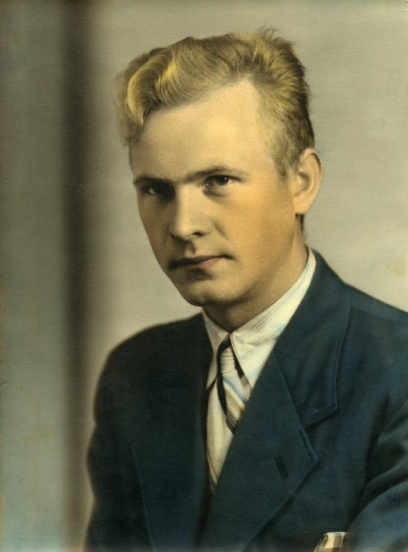 Gunvald Tomstad, sivil, 1942